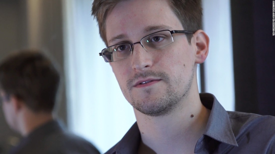 Russia extends Snowden's leave to remain