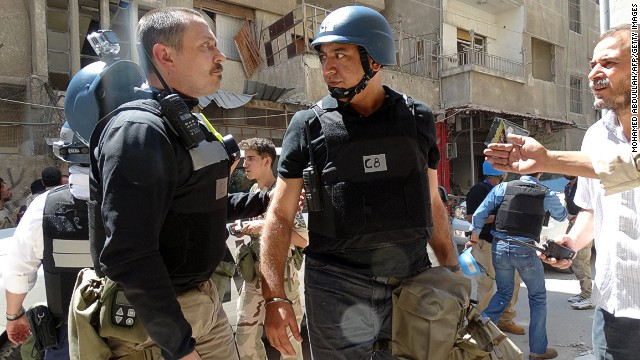 United Nations arms experts arrive to inspect a site on August 28, 2013 in the Eastern Ghouta area.
