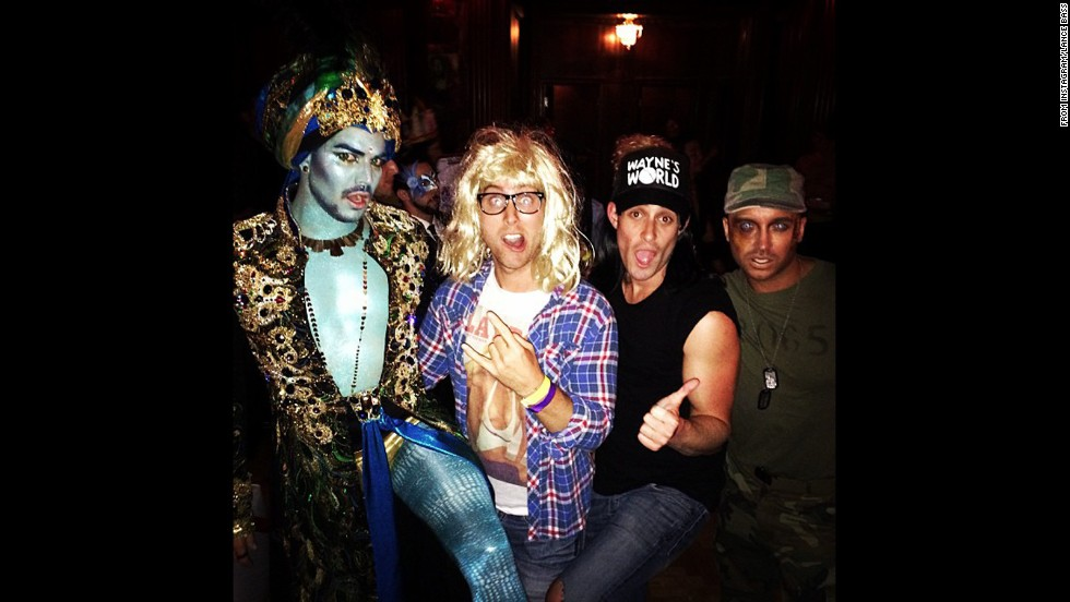 "<a href=""http://instagram.com/p/f8Oe4gRsca/"" target=""_blank"">Lance Bass rounded up some outrageously dressed friends</a> to rock out at a Halloween bash as Garth from ""Wayne's World."""