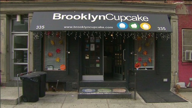 Cupcake shop fields Obamacare calls