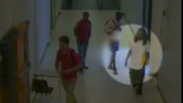 ac live Blackwell exclusive footage of Kendrick Johnson in hallway and gym_00022415.jpg