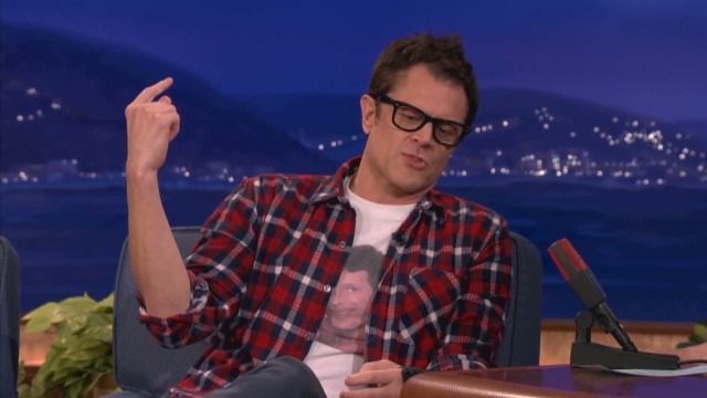 Johnny Knoxville's dad loves pranks