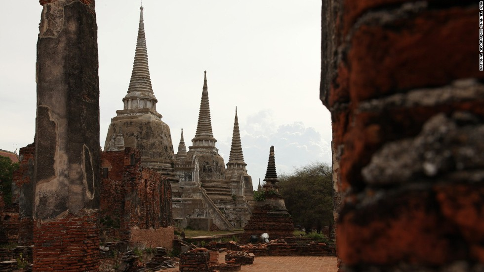 About 50 years ago, a group of robbers stole gold from this ancient Thai temple, and were subsequently cursed. Stories about the thieves' gruesome deaths remain part of local lore.