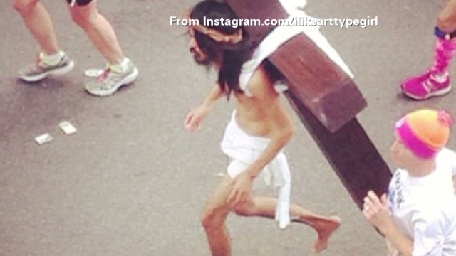 tsr pkg moos jesus nyc marathon _00002304.jpg