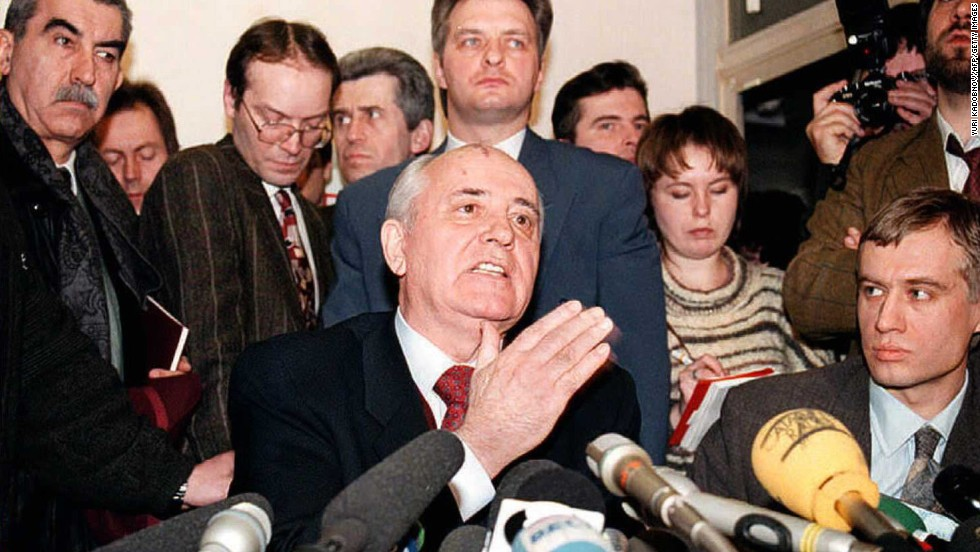 Gorbachev announces his candidacy for president in Moscow in 1996. Gorbachev garnered 1% of the vote.