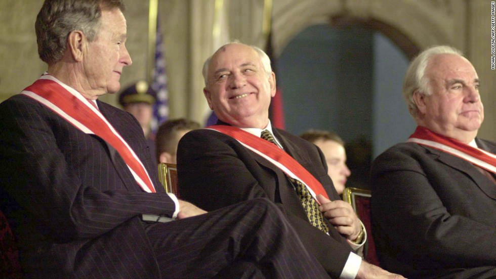 President Bush, Gorbachev and former German Chancellor Helmut Kohl  during a ceremony in Prague in 1999.