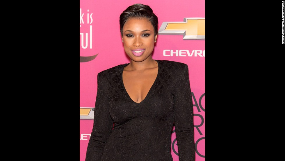 In late October, Jennifer Hudson joined the short-hair bandwagon as well.
