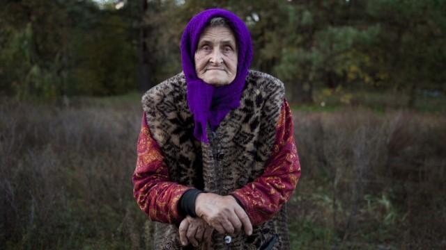 spc ted holly morris chernobyl babushkas_00021509.jpg