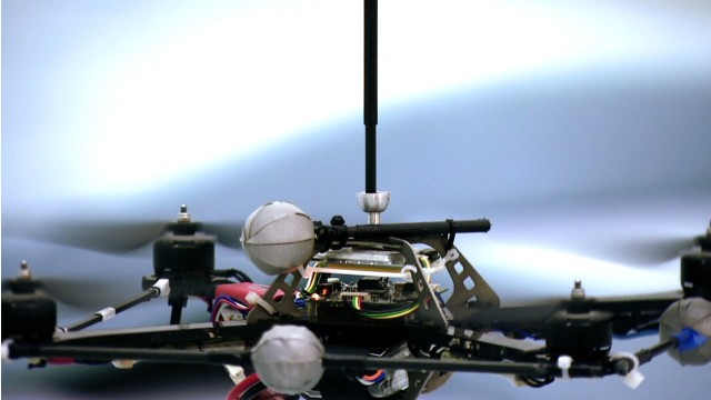 Flying robots perform amazing acrobatics