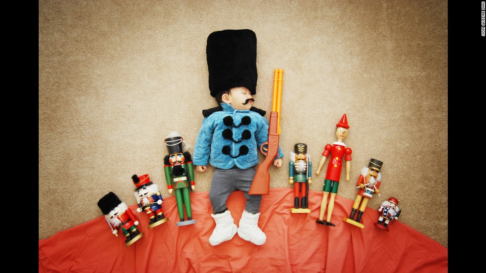 """Wengenn leads his army of """"Nutcracker""""-like soldiers into battle!"""