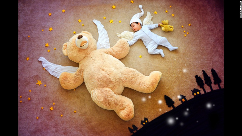The adventure of a lifetime for any small child: flying around town with your life-size teddy bear.
