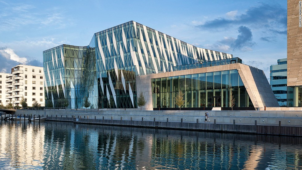 Architect: 3XN Architects.<br />The Saxo Bank International Headquarters is home to the Danish online investment bank Saxo Bank. Its expressive design makes it clearly stand out from its surroundings.<br />The slanting and irregularly ordered blocks of color on the facade look like the stripes of a zebra.