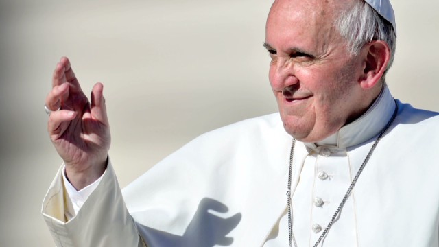 Pope Francis wins over the web