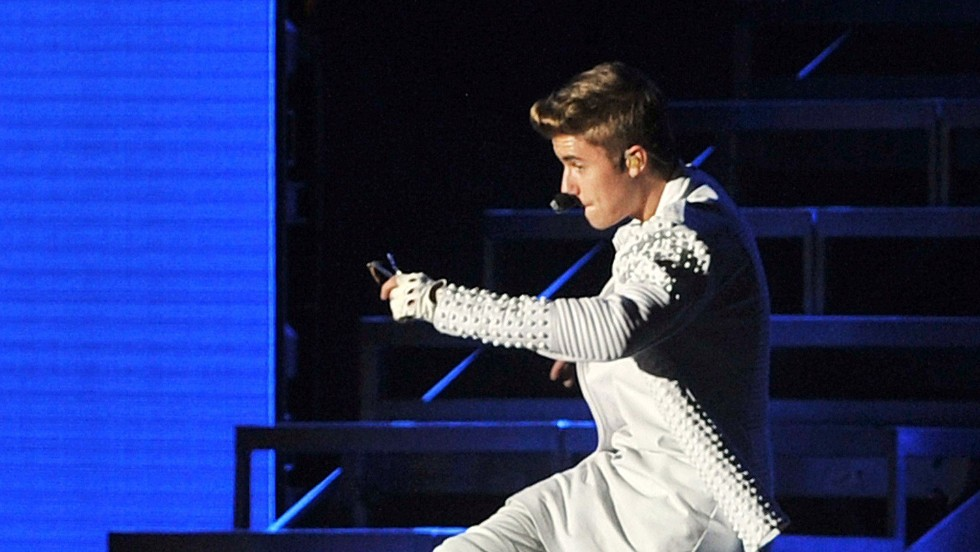 """<strong>Singer:</strong> Perry grabbed the Twitter throne from Justin Bieber (@justinbieber)  who has just over 49 million Twitter followers. His bio reads: """"Let's make the world better."""""""