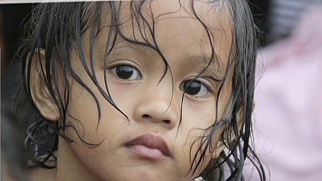 intv philippines typhoon children risk olney_00012427.jpg