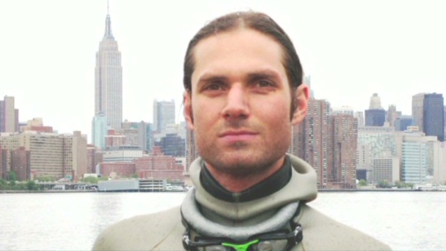 Man dies after diving record attempt
