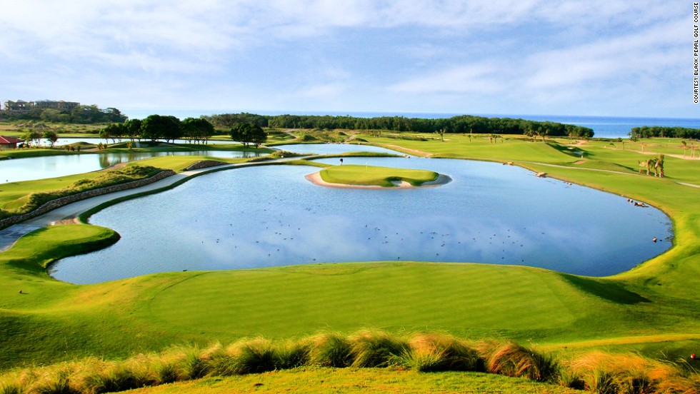 <strong>11th hole at Black Pearl Golf Course, Roatan, Honduras. </strong>Sawgrass course designer Peter Dye created another signature island green at the central American nation's Pristine Bay Resort. Playing 160 yards from the back tee, only a perfect or wildly errant shot will see your ball land above water. <br />