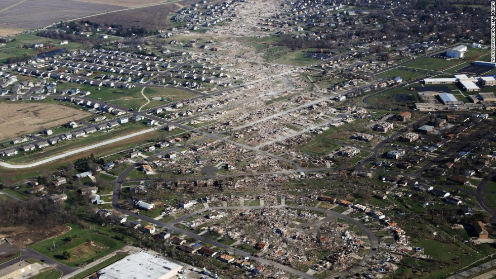 An aerial photo taken on November 18 shows tornado-damaged homes in Washington, Illinois.