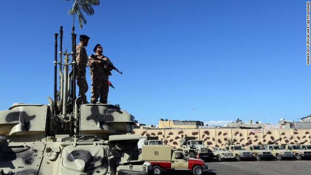 Libya teeters on brink of anarchy