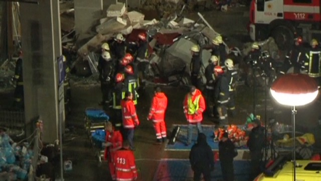 Death toll rises at Latvia collapse