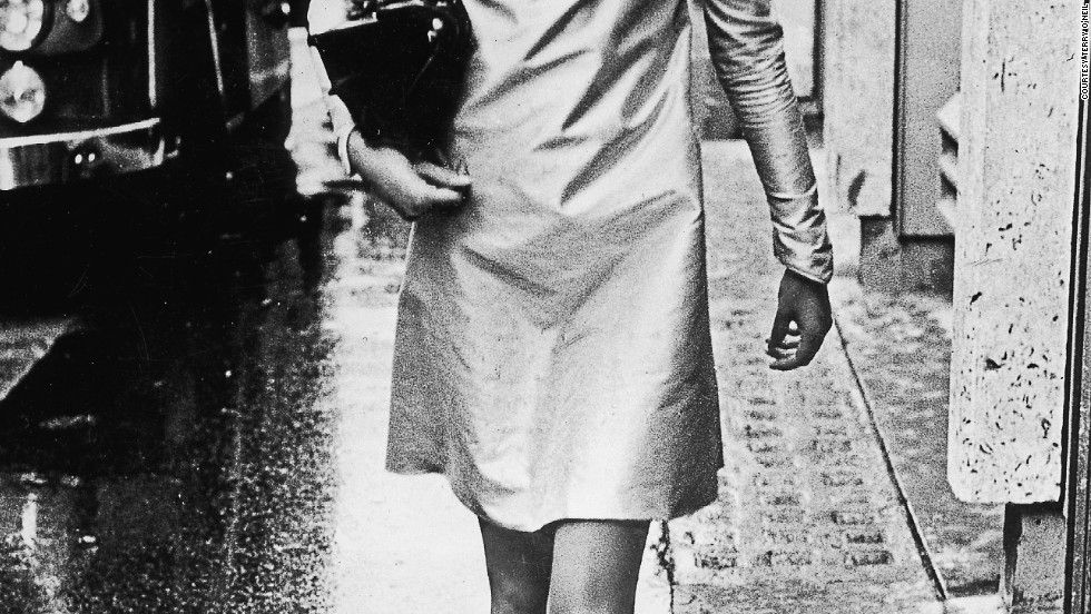 This shot of a barefoot Shrimpton on a rain-soaked street on her way to a fashion shoot typified the burgeoning non-conformism of young men and women in 1963.