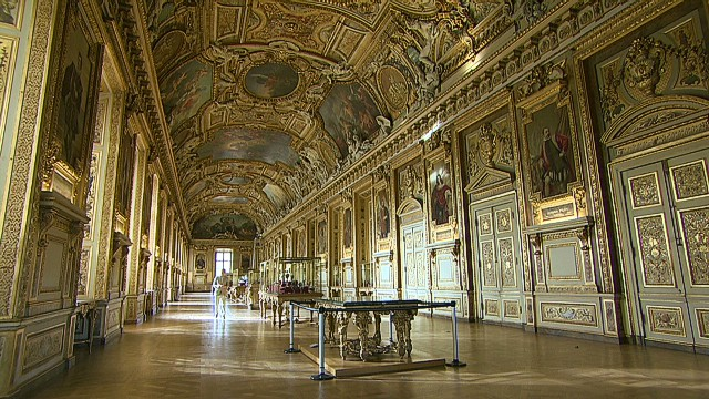 CNN goes inside Paris' Louvre Museum