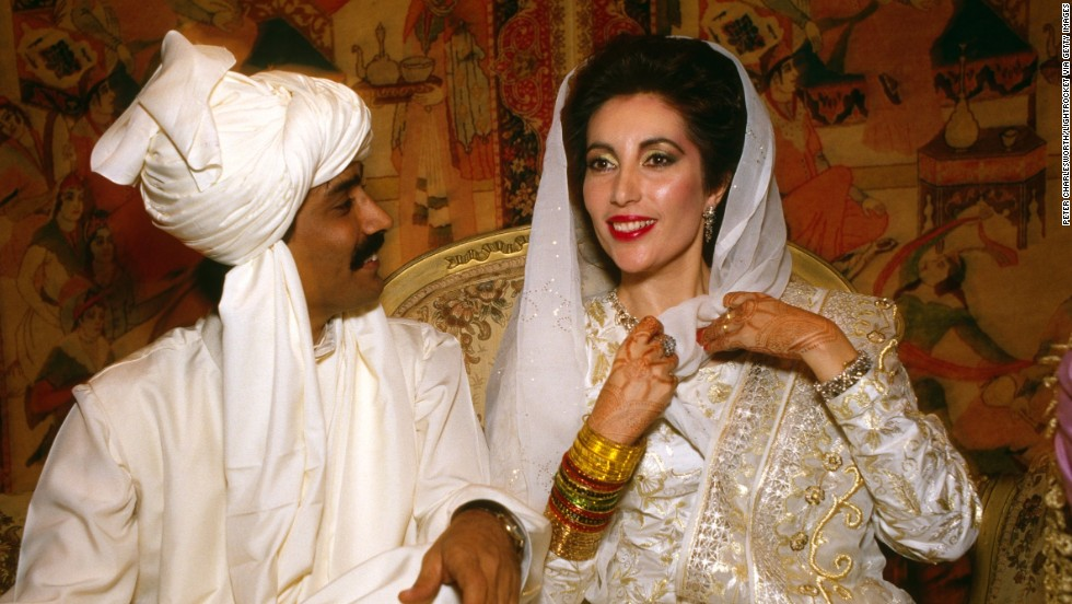 In 1987, Bhutto marries Asif ali Zardari in Karachi. The photo is from one of the various ceremonies for their wedding.