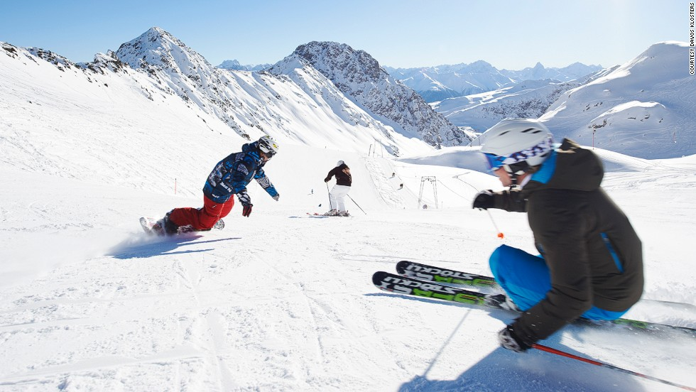 Davos was the birthplace of alpine skiing with the world's first ski lift operating since 1931 at Parsenn. From high above the treeline to valley floor, this historic run is still a fine scenic route.