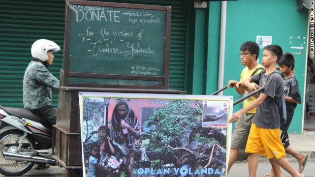 "Efren Penaflorida's ""pushcart classrooms"" have been raising funds for typhoon victims in the Philippines."