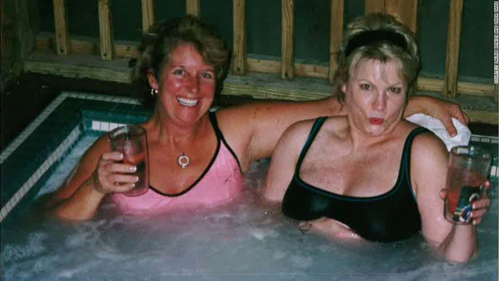 Whiskey sours in the Jacuzzi are always popular, as Benken and Wade (shown here) can attest at the Jonathan Creek Inn in Maggie Valley in 2004.