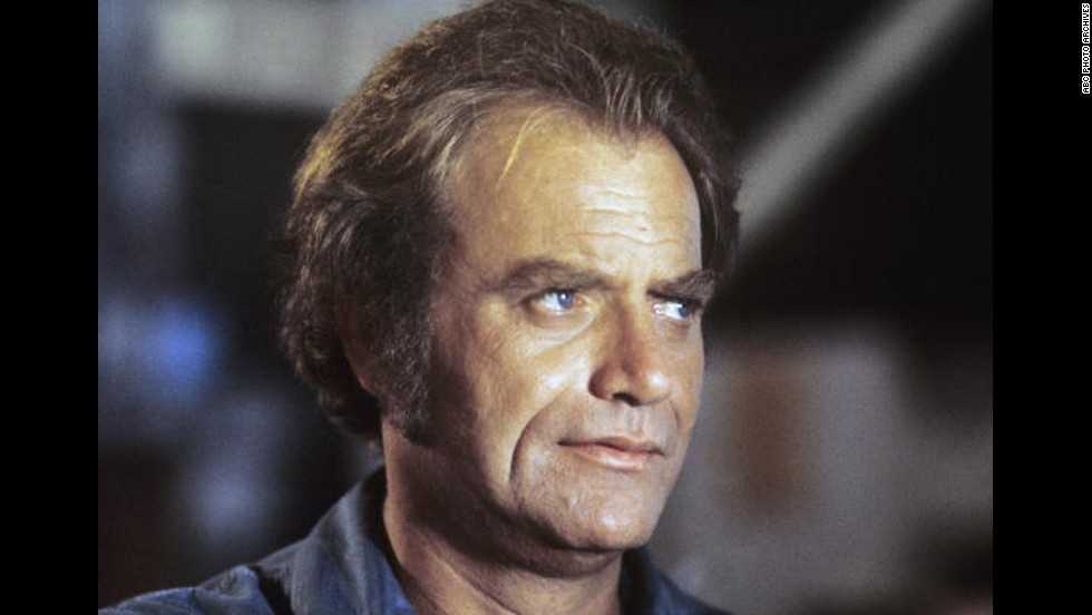 """Vic Morrow, here in """"The Streets of San Francisco"""" in 1973, died along with two child actors in 1982 when a stunt helicopter crashed on top of them during the filming of """"Twilight Zone: The Movie."""" The accident resulted in an involuntary manslaughter case against director John Landis and four others. The group was ultimately acquitted."""