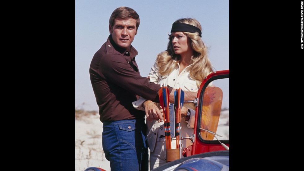 """Fawcett appears with Majors in the television show """"The Six Million Dollar Man"""" in December 1974."""