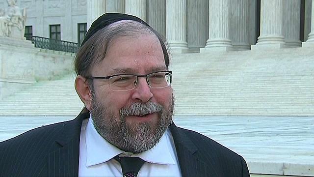 TSR dnt Johns Rabbi's frequent flier privileges revoked _00002001.jpg