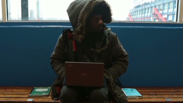 Programmer teaches homeless to code