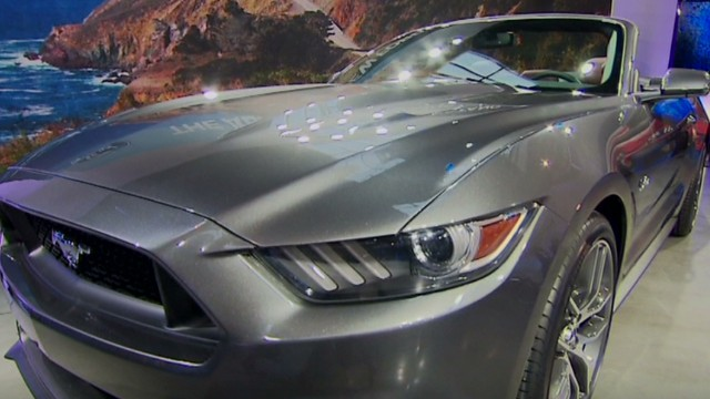 nr dnt valdes dapena ford mustang unveils new look_00002920.jpg