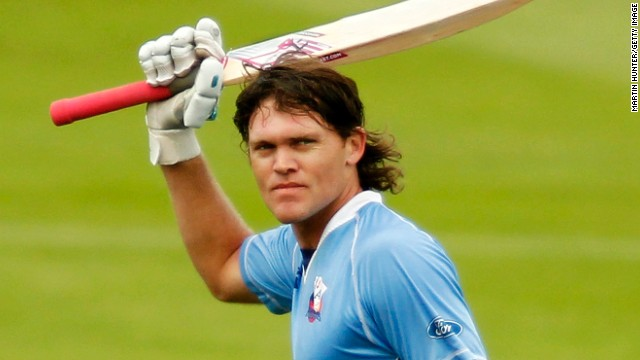 Former New Zealand test batsman Lou Vincent says he is cooperating with the ICC investigation.