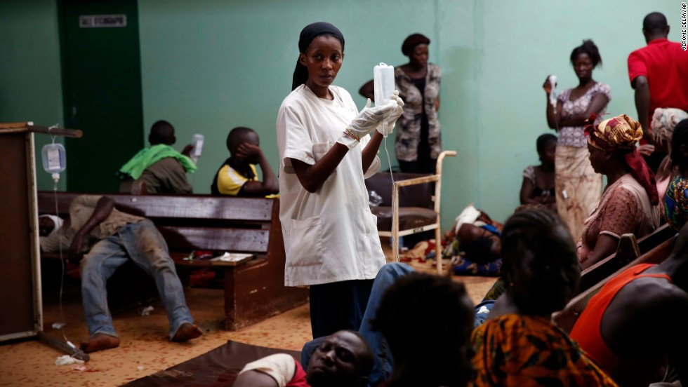 A nurse tends to the wounded at Bangui's hospital on December 5.