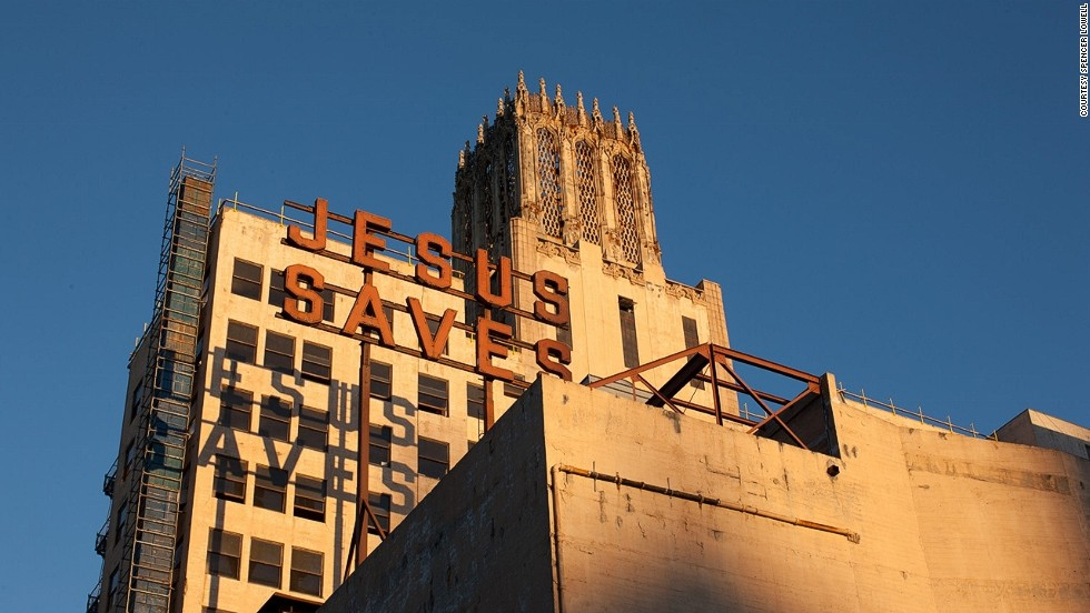 In LA's 1927 United Artists building and theater, the fifth Ace Hotel will have a rooftop pool and bar. Opening: January 2014.