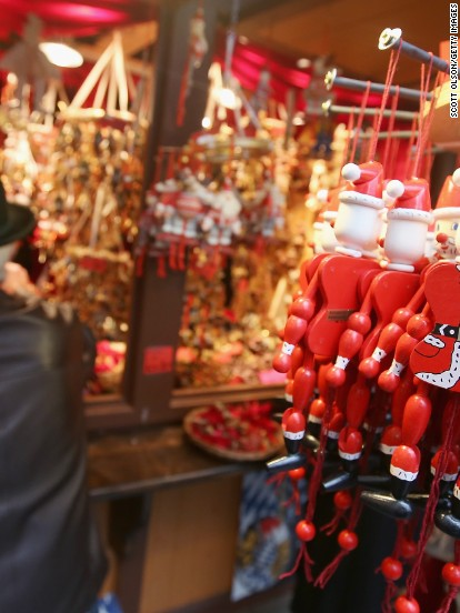 9 sparkling North American Christmas markets