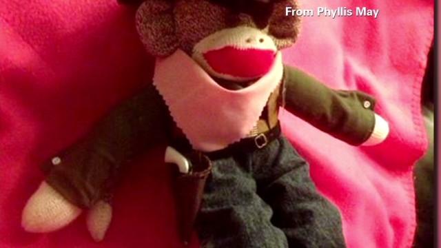 tsr moos sock puppet monkey gun_00002211.jpg