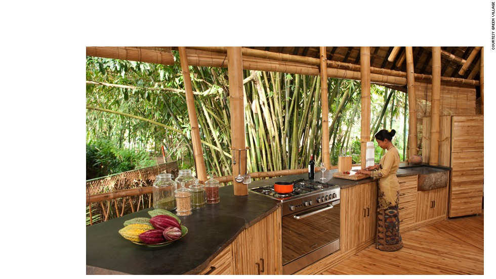 Bali 39 s jungle style sets new heights for barefoot luxury for Kitchen set bali