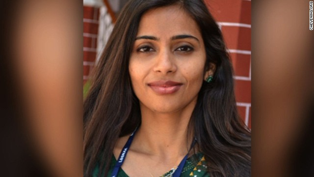 Indian diplomat Devyani Khobragade has filed a motion seeking to dismiss visa fraud and false statement charges against her.