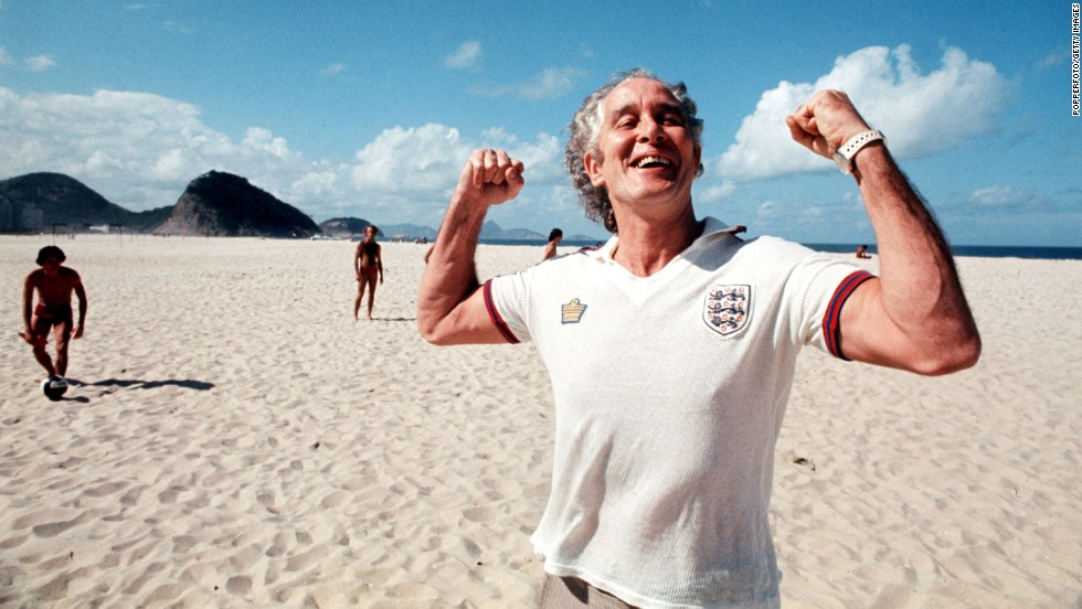 Biggs flexes for the camera on Copacabana beach in Brazil in 1977.