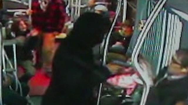 dnt wa bus robbery_00003308.jpg