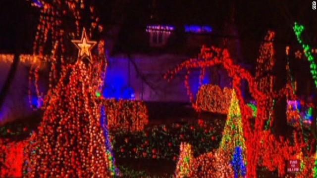See Christmas display with 350K lights