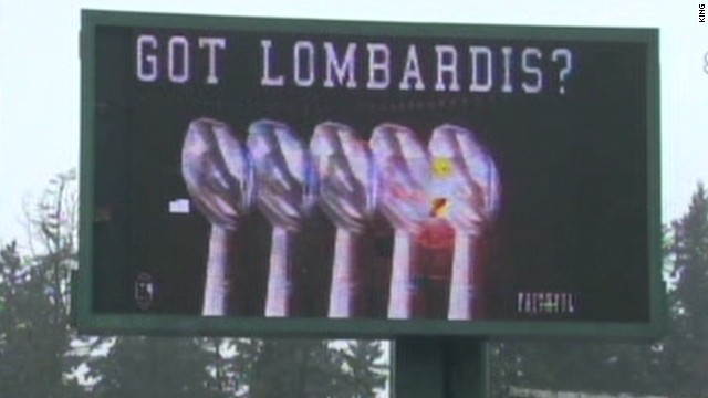 nr bleacher billboard fail_00002526.jpg