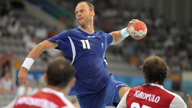 spc human hero olafur stefansson handball_00010727.jpg