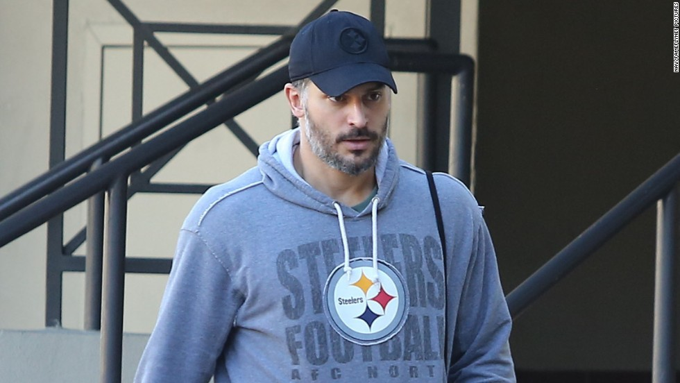 Joe Manganiello hits a gym in Los Angeles, California on December 26.
