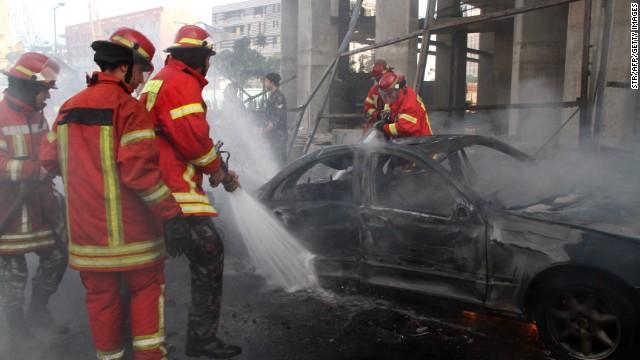 Beirut blast 'kills ex-ambassador'