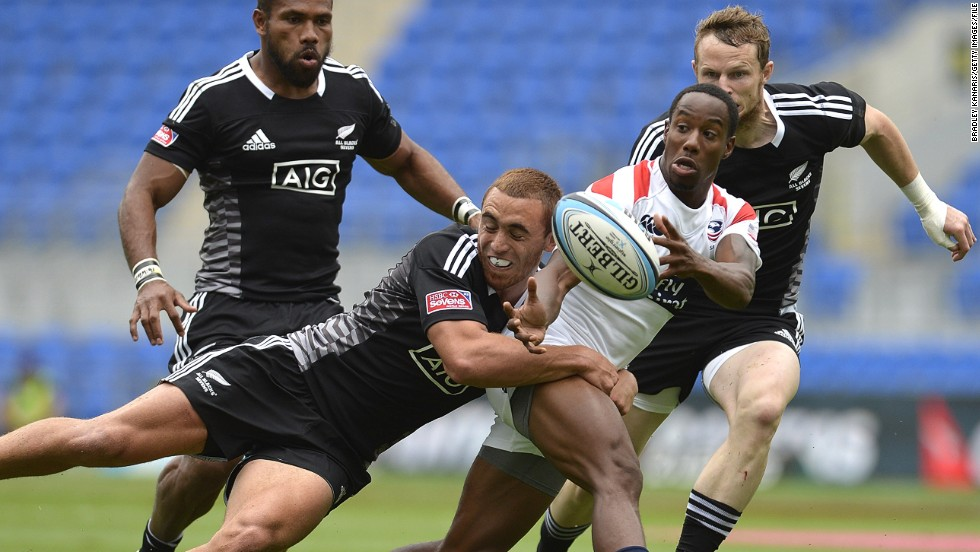 With the Lions set to miss the NFL playoffs, Isles will be available for the next round of the Sevens World Series in Las Vegas from January 24-26.